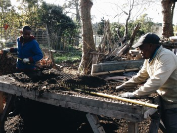 Soil for Life educates local communities about growing a healthy soil for growing vegetables
